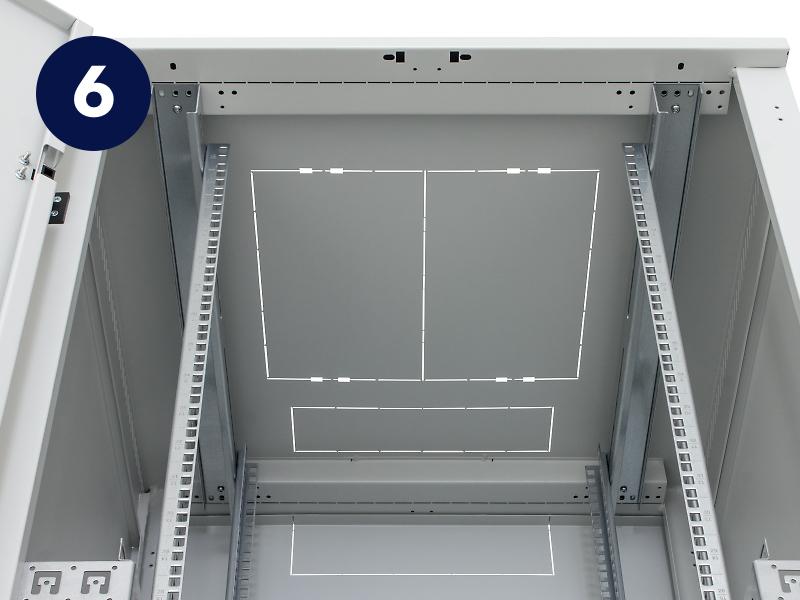 Vylamovací záslepky pro přivedení kabeláže do rozvaděče Triton RMA